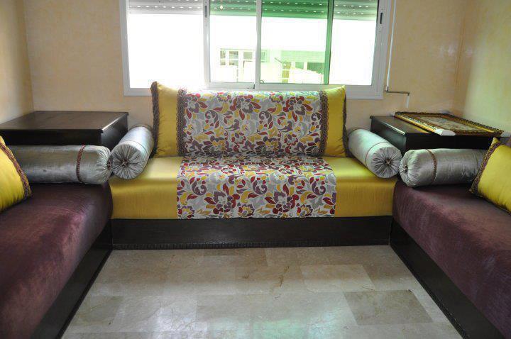 les derniers modeles de salon marocain le salon marocain design with les derniers modeles de. Black Bedroom Furniture Sets. Home Design Ideas